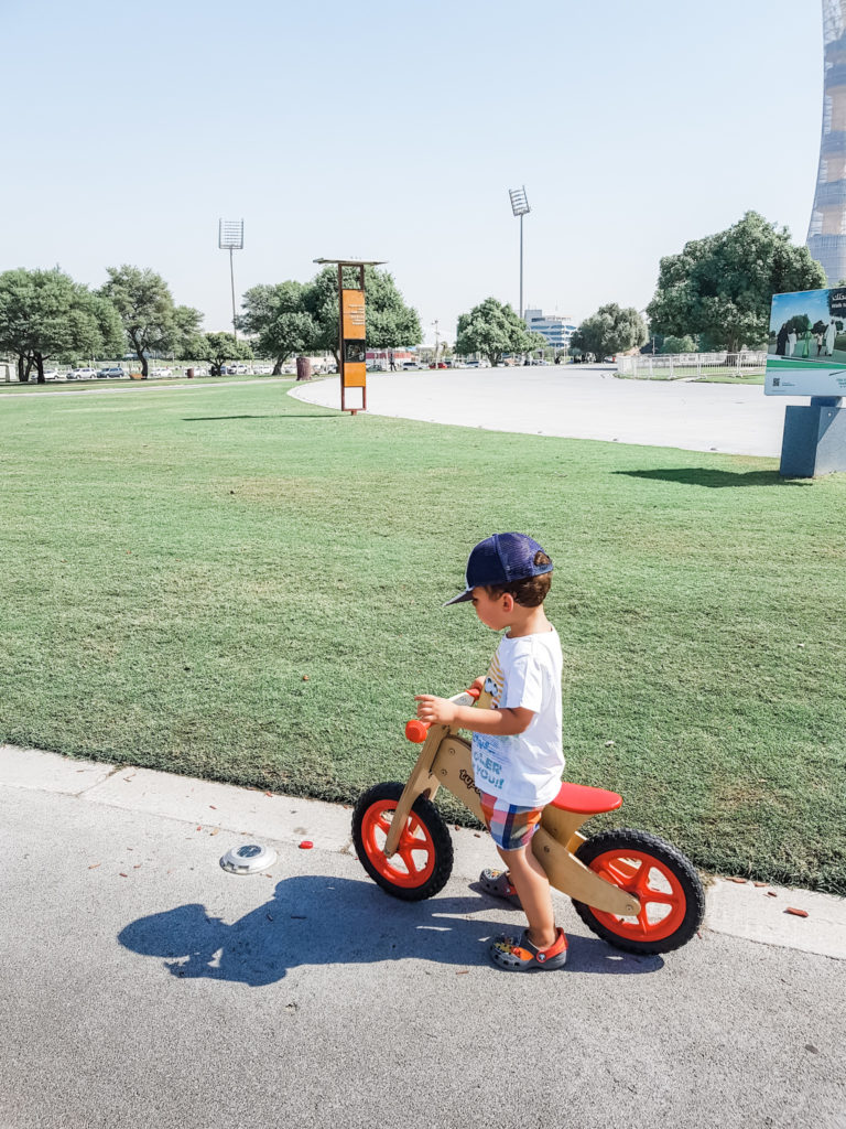 bike in aspire park, healthy lifestyle in qatar