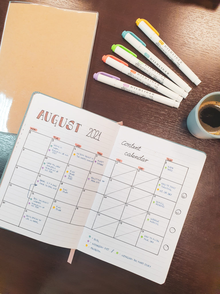 bullet journal for blogging content calendar